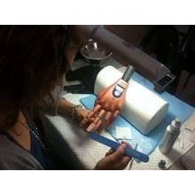 Mano finta pratica ricostruzione unghie nail art estetista snodata con tips
