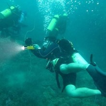 Torcia Led Subacquea 100 metri Luce immersione diving sub snorkeling 1600 Lumen
