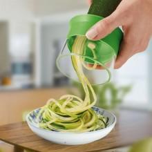 Affetta verdure strisce striscia fina spaghetti verdura fili carote zucchine