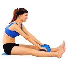 Ruota per allenamento dei muscoli addominali con maniglie imbottite