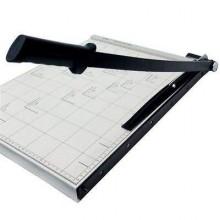 Taglierina a leva taglia carta fogli con formato massimo A4 ed inferiori ghigliottina in metallo con base di lavoro centimetrata